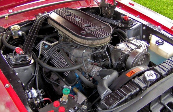 Ford 289 'K Code' engine in 1968 Mustang GT350 (© Stephen Foskett)